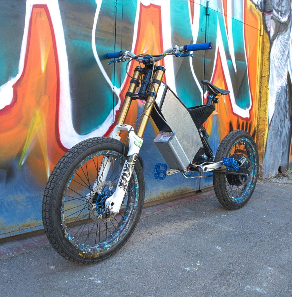 אופניים חשמליים אנדורו קאסטום